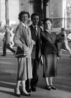 Bea, Elie and Hilda Wiesel in Paris after the war.