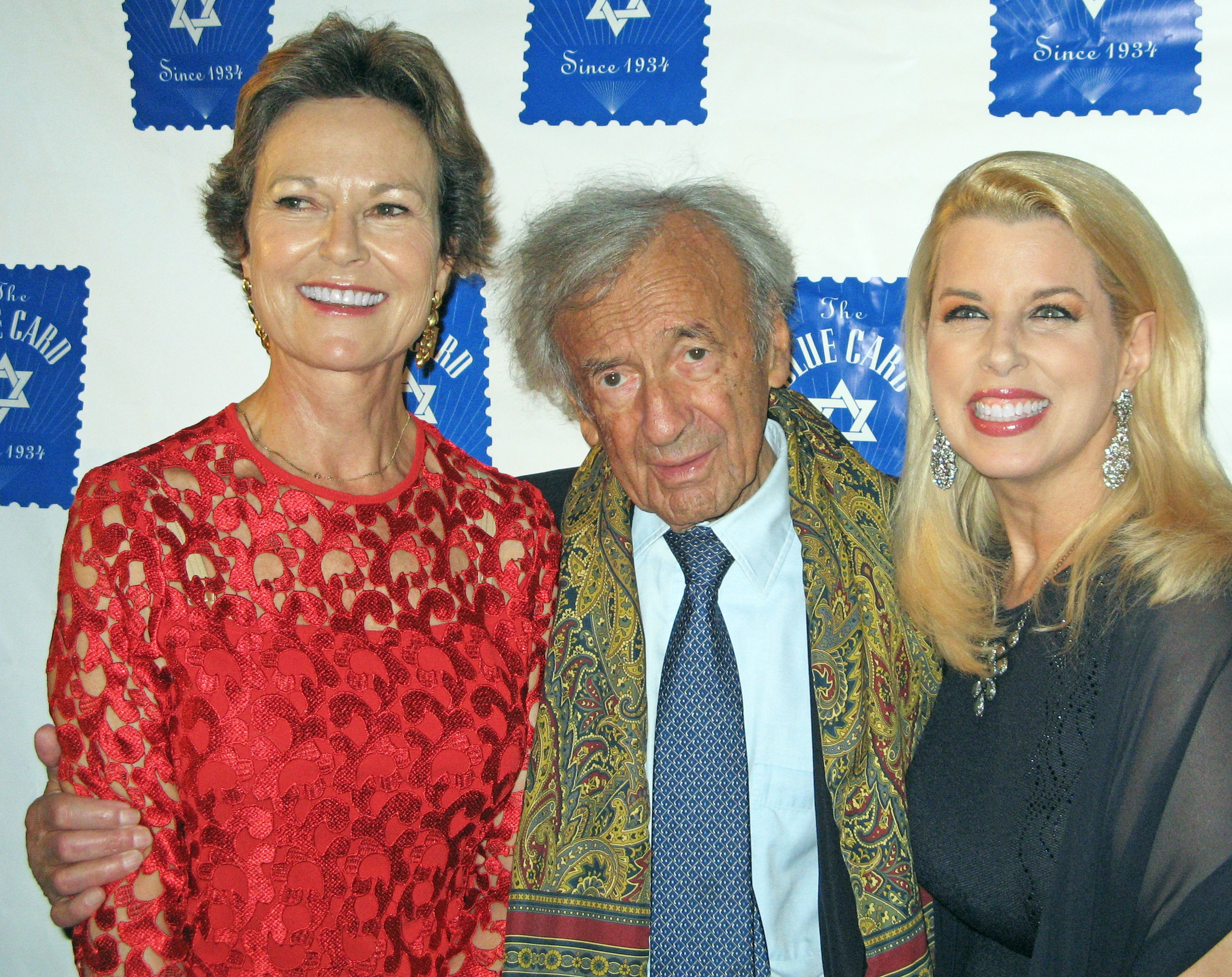Featured | Elie Wiesel Cons the World Featured | A Blog Dedicated to ...